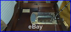 15 1/2 Regina Mahogany Serpentine Case DOUBLE COMB Disc Music Box