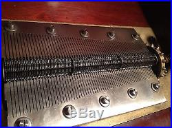 1900 Antique 20 3/4 Regina Double Comb Cupola Top Music Box Large Outstanding
