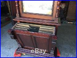 27 Regina Mahogany Double Comb Disc Upright Music Box