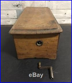 ANTIQUE CYLINDER MUSIC BOX WOODEN BOX HAND CRANK AS-IS 17 3/4 Long