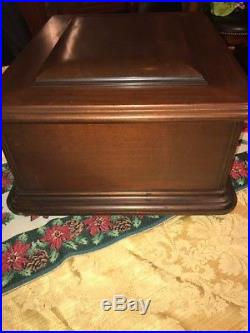 Antique Mira Mahogany 12 Table Top Music Box with 12 Discs