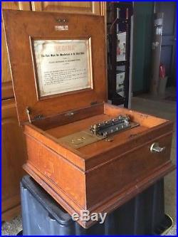 Antique Regina 15-1/2 Disc Double Comb Music Box with 25 Disc