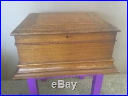 BEAUTIFUL ANTIQUE REGINA 15 1/2 DISK Double Comb Music Box with 20 Disk