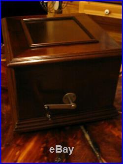 Criterion 2 11 5/8 Short Bedplate Disc Music Box (Restored)