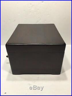 Criterion OO Mahogany Music Box