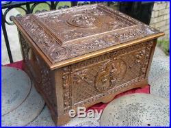 Elegant Gift Quality Antique Regina Music Box Very Fancy Carved Case. Al Meekins