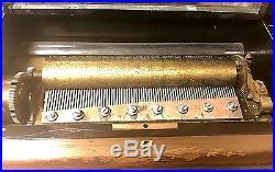 Late 19th Century Swiss Antique Music Box Marque De Fabrique 12 AIRS