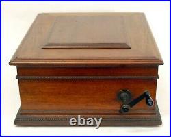 Regina 15 1/2 Disc Music Box Mahogany Case With 15 Discs From Estate