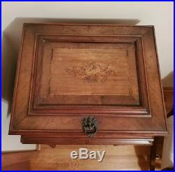 Regina Style Antique Wooden Music Box